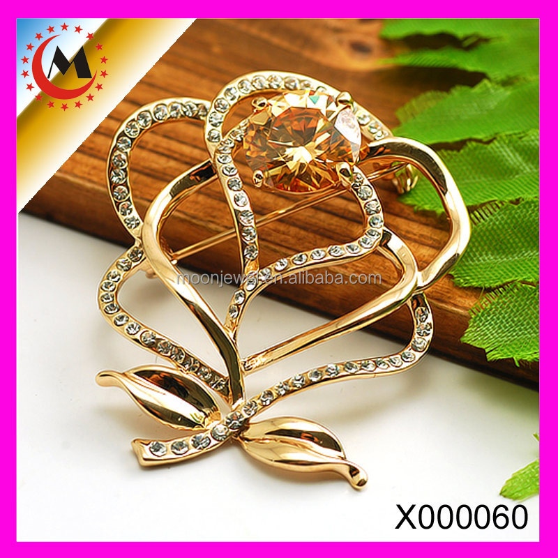 FASHION JEWELRY IMPORTED FROM CHINA RHINESTONE CENTER FLOWER METAL HANDMADE FLOWER 12 PIECE BROOCHES