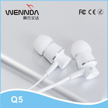 Flat cable Metal in ear Earphones with mic tangle free remote control wired headphones for iphone 5 6 Wenda Q5