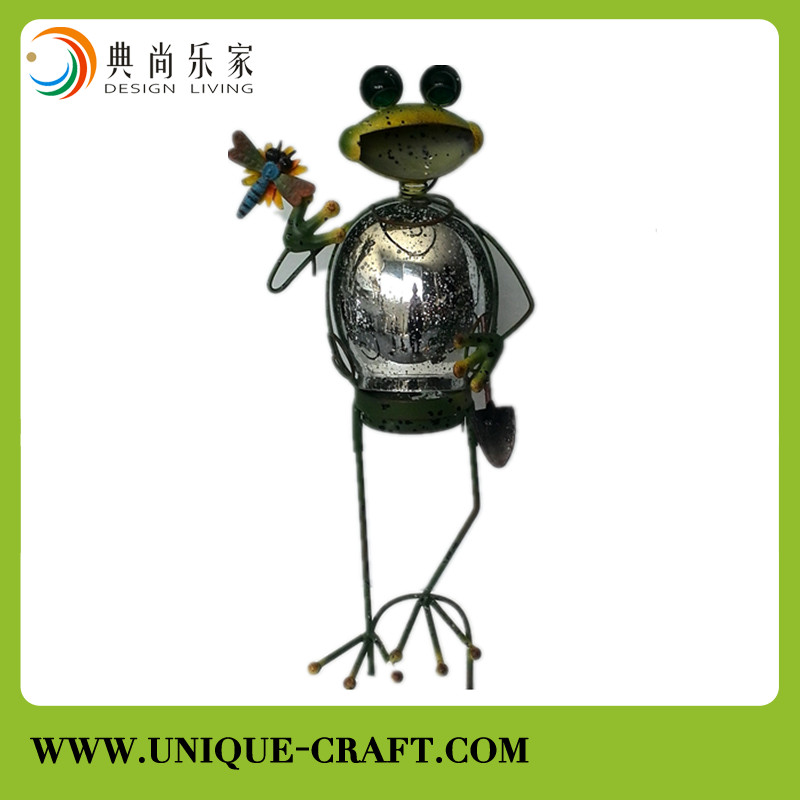 New design metal frog handcraft with glass for home decorations