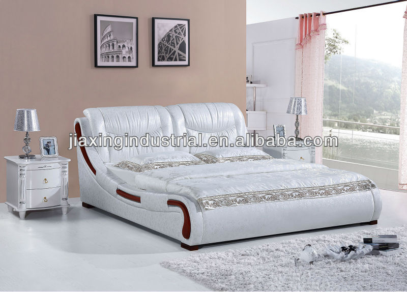 2013 latest wooden soft bed design with beding 1311#