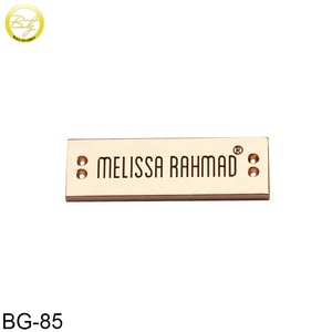 Custom zinc alloy metal logo plate label for clothing