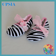 New Arrival Fashion Casual Girls Chevron And Ribbon Cheap Soft Sole Crib Toddlers Baby Shoes With 41designs