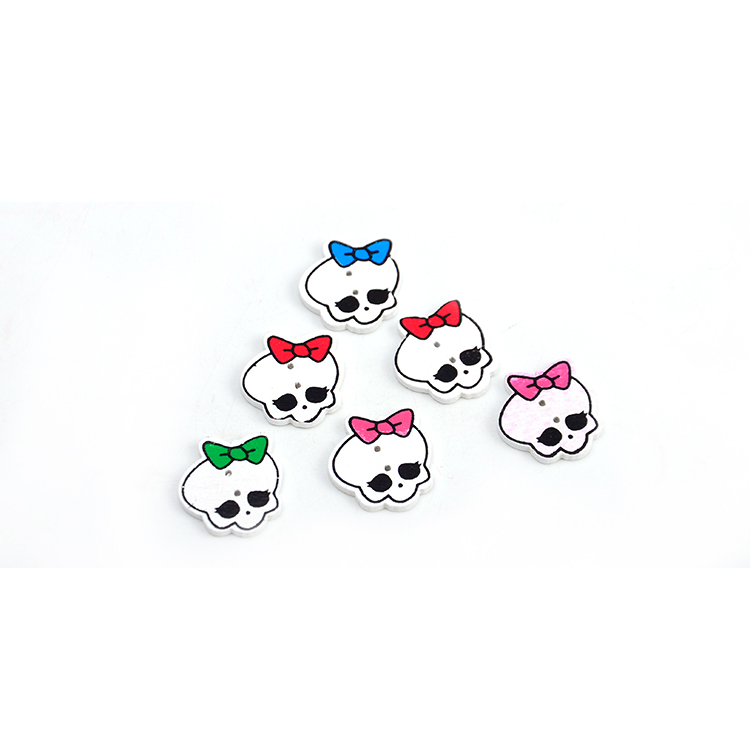 factory price baby cartoon <strong>19</strong>*19mm skull wooden button