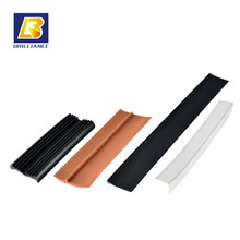 Weather resistance rubber seal strip for glass car window Glass extruded Sponge Rubber Door Seal glass window rubber seal strip