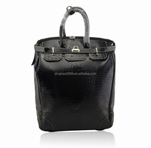 2016 New arrival waterproof korea style genuine leather travel trolley bag for woman,duffle bag