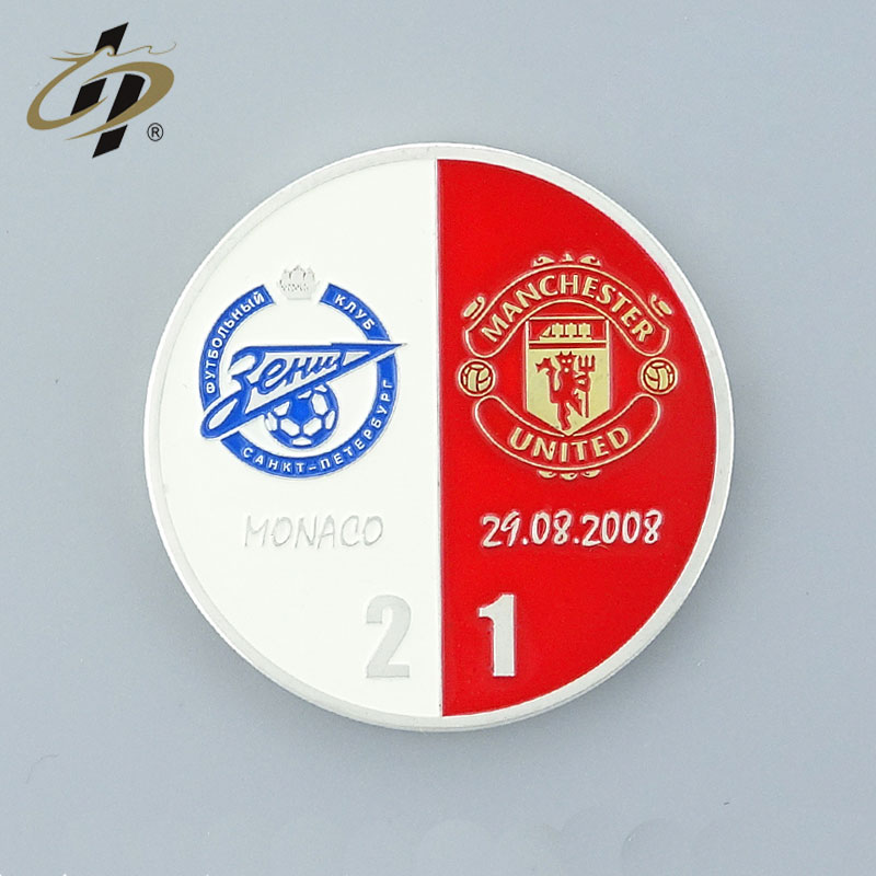 2019 Wholesale custom gold 3D metal souvenir poker chip set/blank poker chip