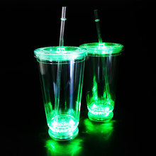 Hot Selling Bar KTV Glowing LED Flashing straw Cup 16OZ For Party Favor