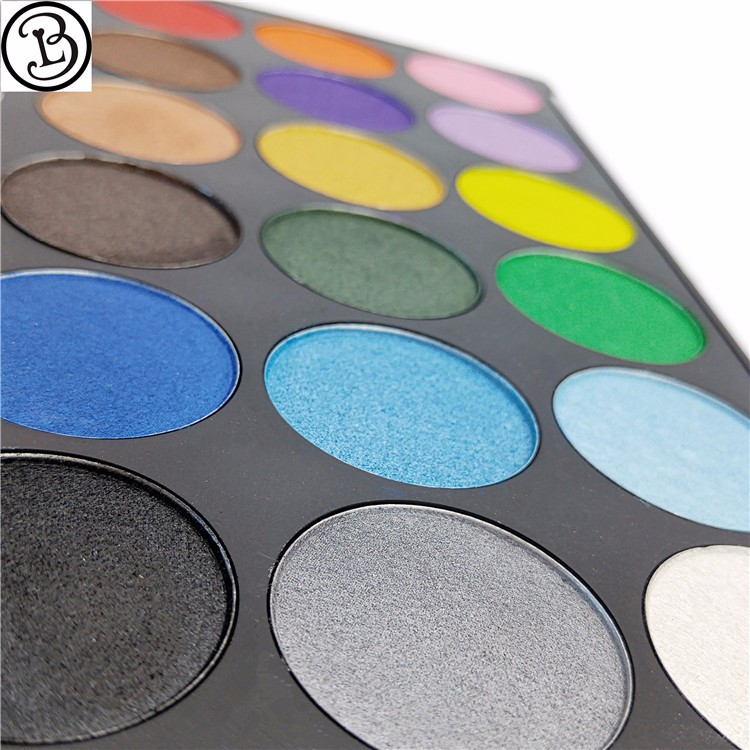 Mineral Ingredient and Multi-Colored cosmetic 18 color eyeshadow palette
