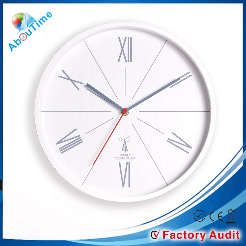 2015 kids room radio controlled wall clock with different cartoon pictures!