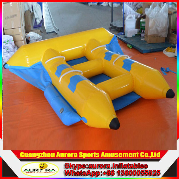 Small inflatable flying fish for 4 persons water play games