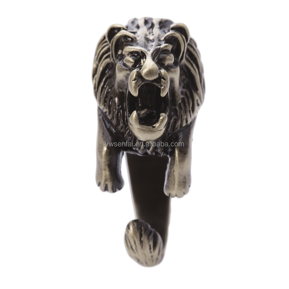 New product fashion lion head ring, personalized alloy antique brass plated engraved lion ring