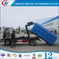 Foton 4*2 diesel low price container detachable garbage truck skip loader garbage truck arm-hook