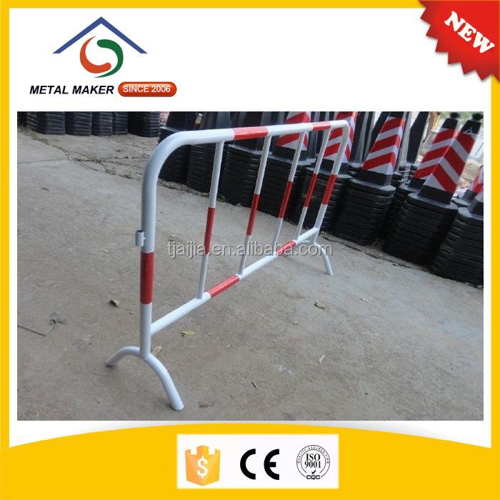 Cheap price steel barricades black ops 2 with flat leg