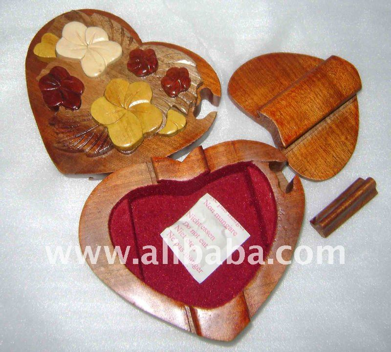 Wooden Puzzle Jewelry Box - Flower heart