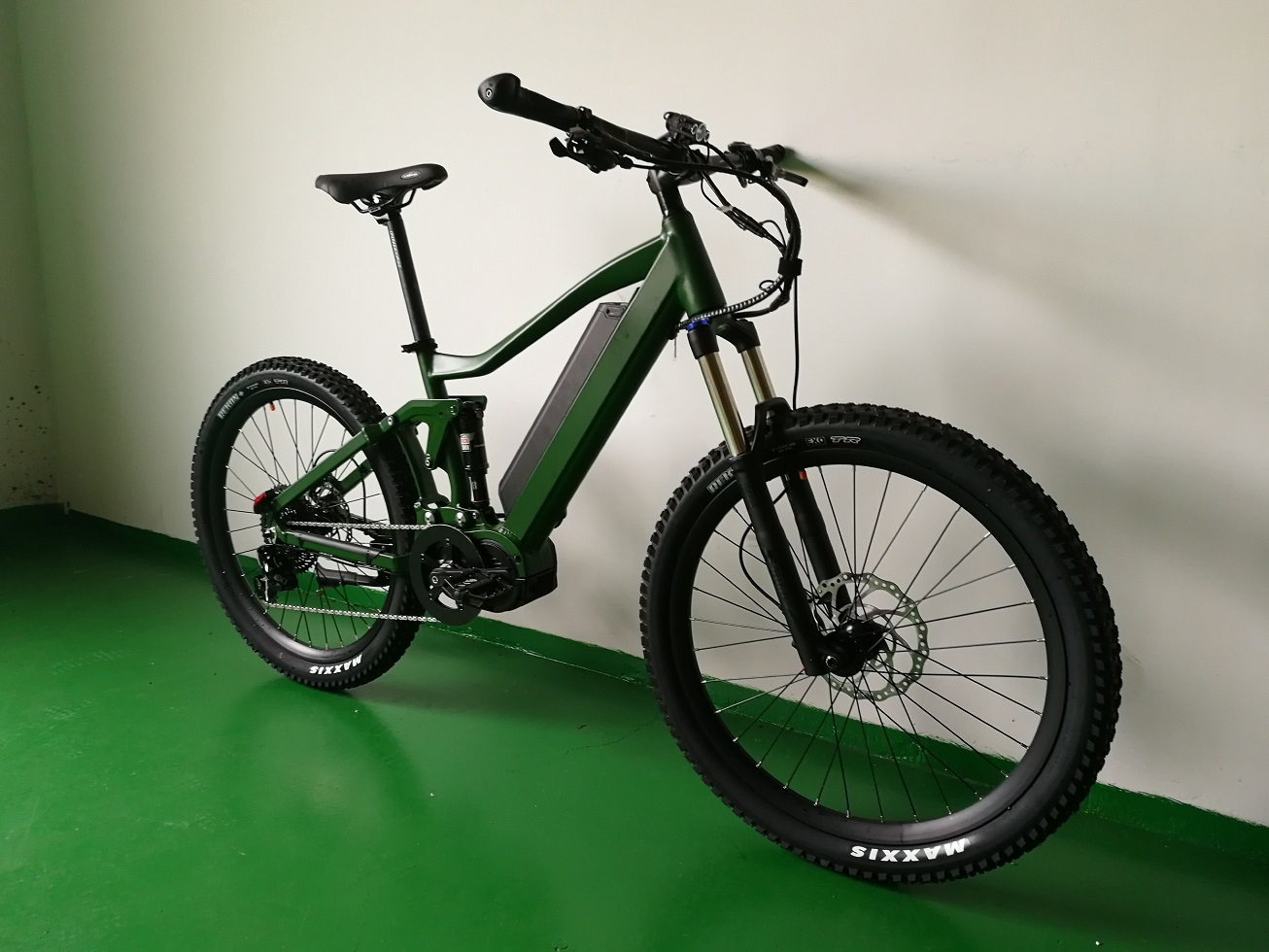 2018 latest electric Mountain bicycle 1000W mid drive
