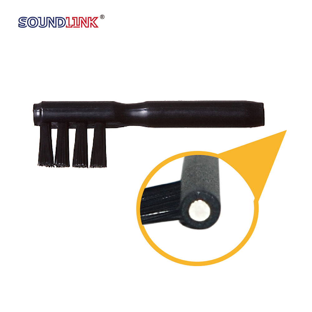 Hearing aid cleaning tool digital programmable hearing aid brushes with magnet from China supplier