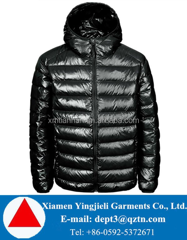 Winter Lightweight Down Filled Quilted Men's Puffer Jackets With Hoodie