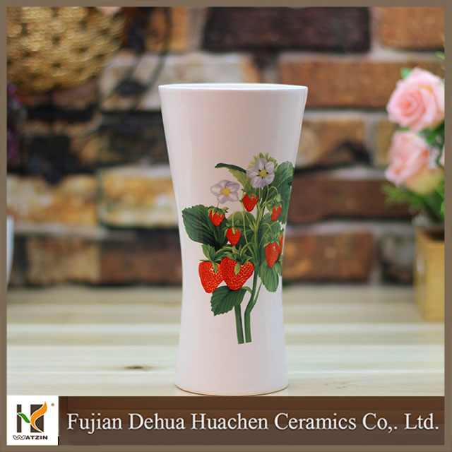 classical strawberry home decoration ceramic vase