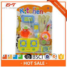 Cheap kids plastic pretend play food set cooking set