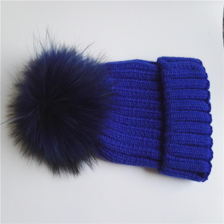 China Wholesale Lady Hat Free Sex Girls With Animals Free Fox/Raccoon Fur Winter Hat