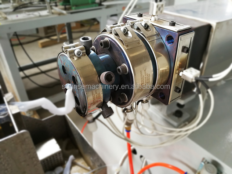 Single color cotton stick extrusion machine