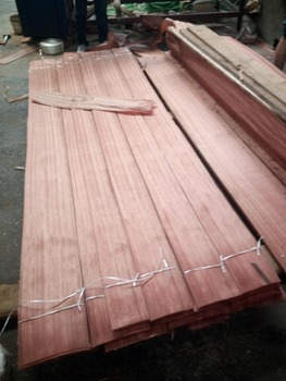 Selling natural Sapeli wood veneer with 0.2mm thickness
