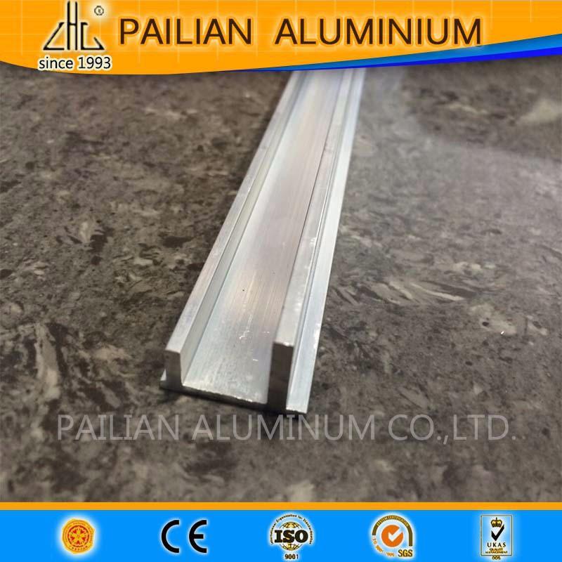 Russie aluminium plinthe couverture aluminium tanche for Plinthe aluminium cuisine
