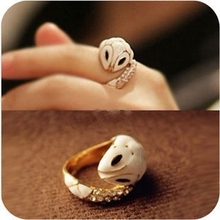 Elegant small white snake ring drip diamond female rings