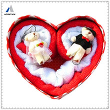 Mountain Hot Design Heart Shape Made In China Wedding Candy Box