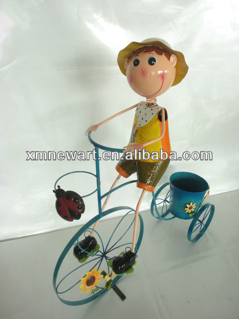 Hot sell Garden Metal decoration metal doll bicycle with flower planter boy with pot