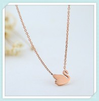 Latest design stainless steel fashion rose gold swan necklace for women
