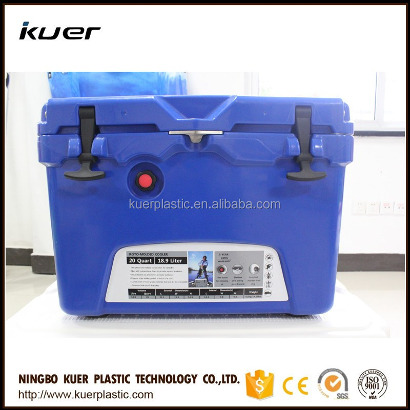 Foam cooler box rotomolded cooler box with aluminum handle with PP food grade material