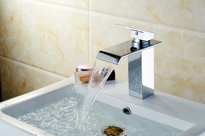 Latest Design Chinese Company Tall Single Handle One Hole Deckmounted Solid Brass Waterfall Basin Faucet Mixer