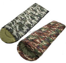 Easy to carry Army green camouflage envelope hooded sleeping bag