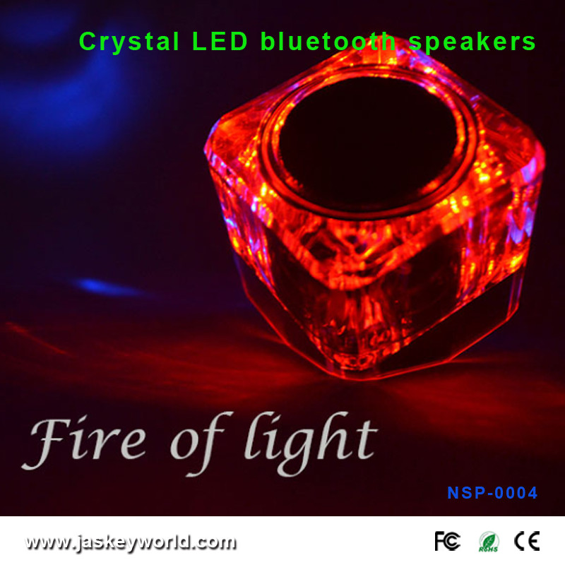 CE ROHS Mini Wireless Cube LED Flashing Light Portable Speaker by JASKEY LIMITED NSP-0004