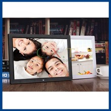 Photo Slideshow with Background Music Video Playback Digital Picture Frame 17 inch