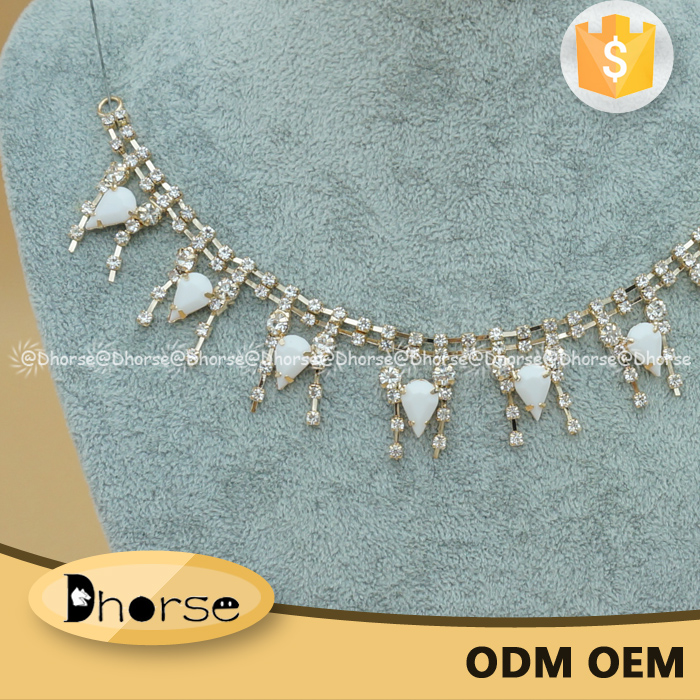 Wholesale rhinestone neck chain claw chain pattern women's necklace DHRN1647