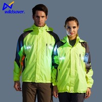 LED Flashing 100% Polyester Lightweight Waterproof Jacket