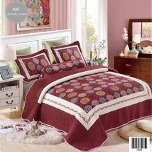 Wine Berry Color Quilting Bedspread Bedding Coverlet with Foliage Ornament