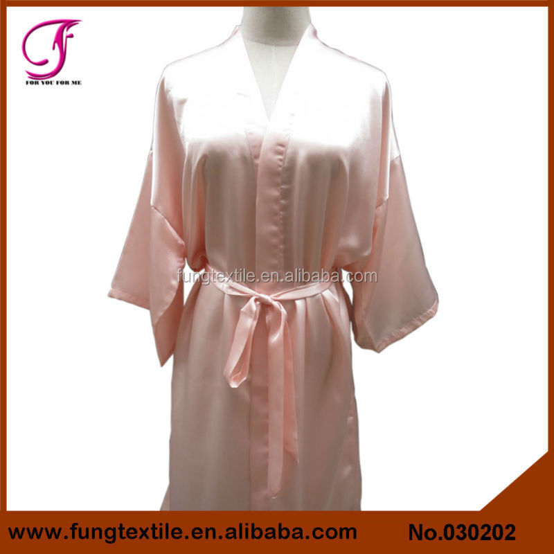 030202 Short Design Embroidery Women Plain Kimono Night Gown