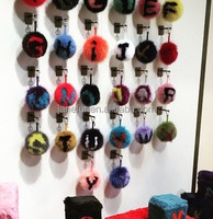 2016 Fasion Show For Famous Brand 2Color With 26 Letters 17 cm Fox Fur Pompom/fFur Keyring/Fur Key Chain