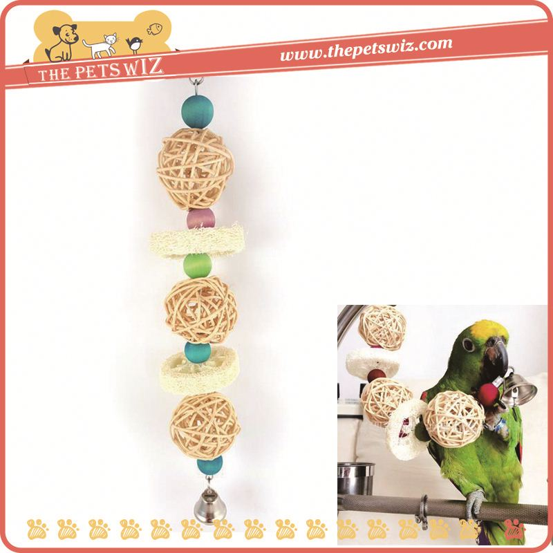 Flexible luffa bite chew toy for bird parrot , p0waB wooden beds loofah hanging birds toy for sale