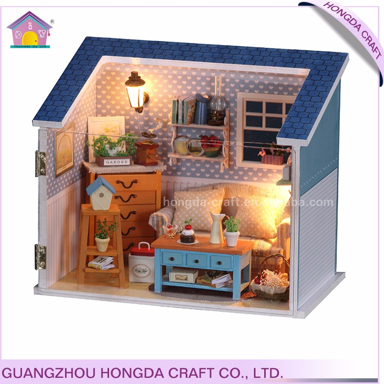Factory direct supply miniature dollhouse unique wooden gift,wooden gifts wholesale