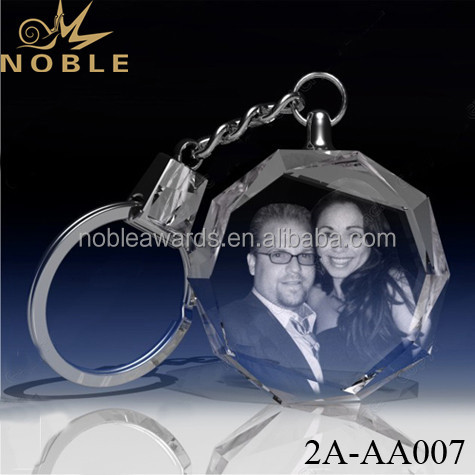 Noble High Quality Unique Crystal Heart Shape 3D Laser Engraved Photo Keychain