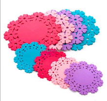 New Design Wholesale Custom Cheap Round Flower Lace Rubber Silicone Drink Coasters