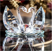 2016 best crystal craft wedding gift crystal glass swans