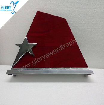 2017 New arrival design wooden plaque with metal star