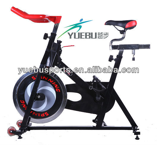 2017 Factory Direct Upright Bike Professional Indoor Bike Indoor Cycling Bike YB-X6 with LCD Monitor