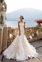 Fashionable Lace Mermaid Wedding Dress 2017 Vestido De Casamento See Through Back Vintage Wedding Gowns MW2175