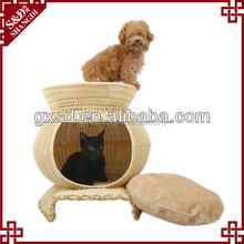 Wholesale factory low price woven rattan plastic large dog cages outdoor dog house for sale